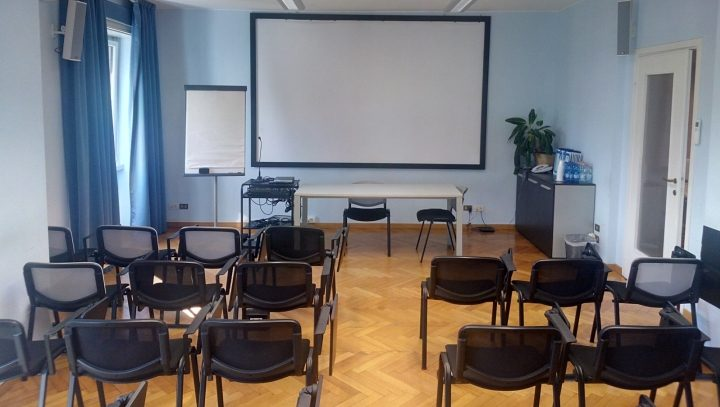 Sala meeting F 34 posti